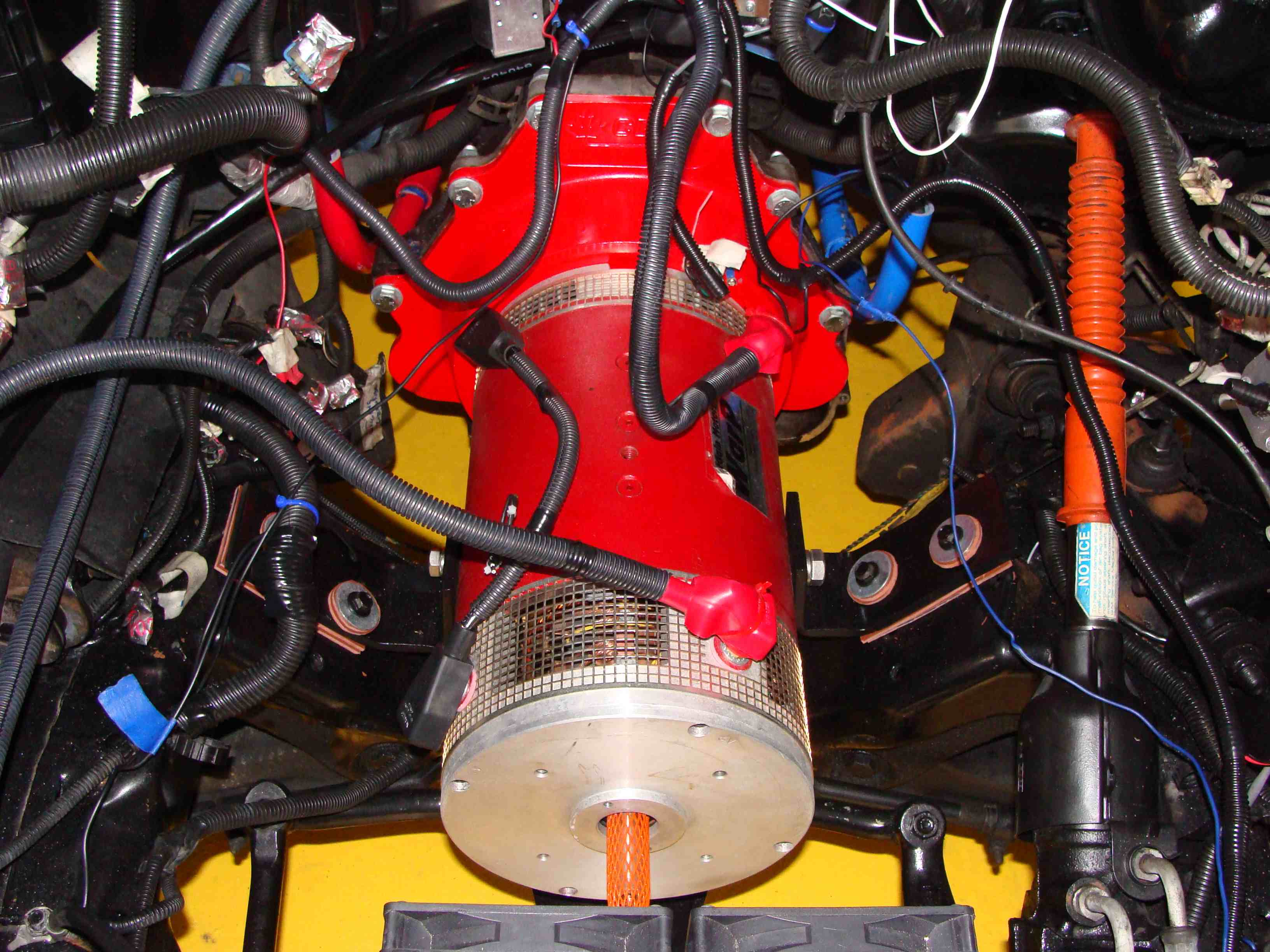motor-installed-with-mounts-sm