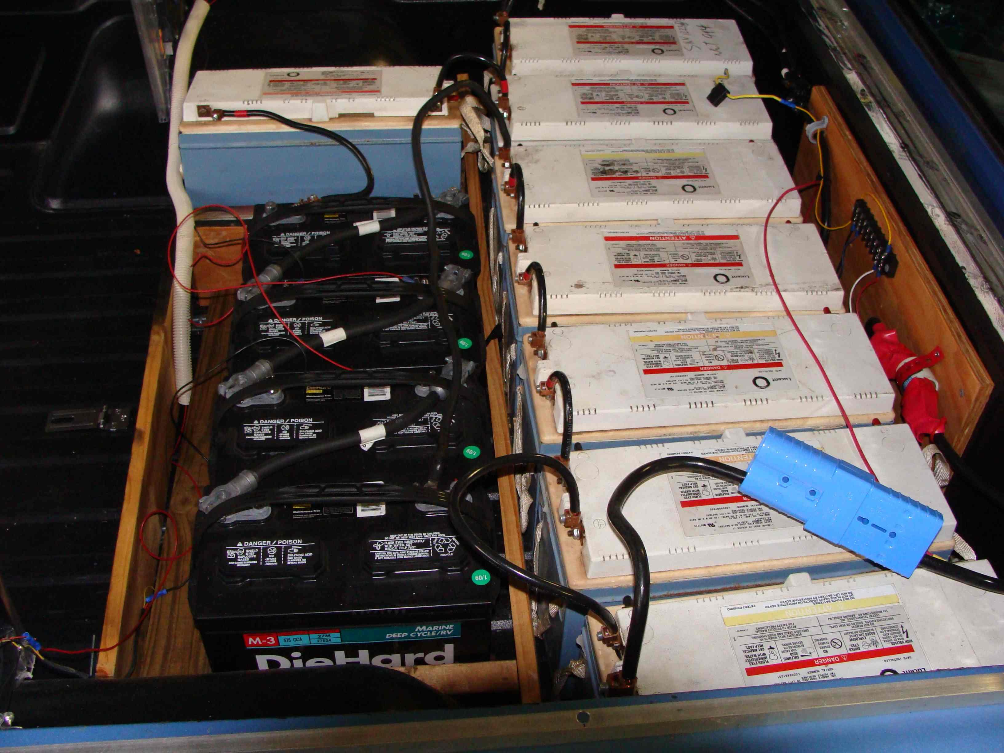 truck-batteries-sm